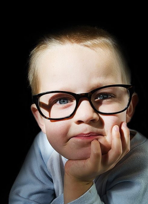 5 Signs Your School-Aged Child Needs Eyeglasses