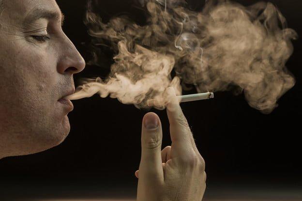 How Smoking Harms Eye Health